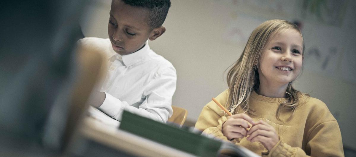 Två elever på Noblaskolan
